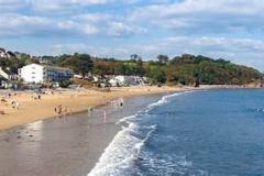 saundersfoot-beach2